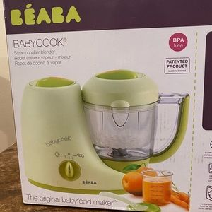 Beaba baby steam cook blender.